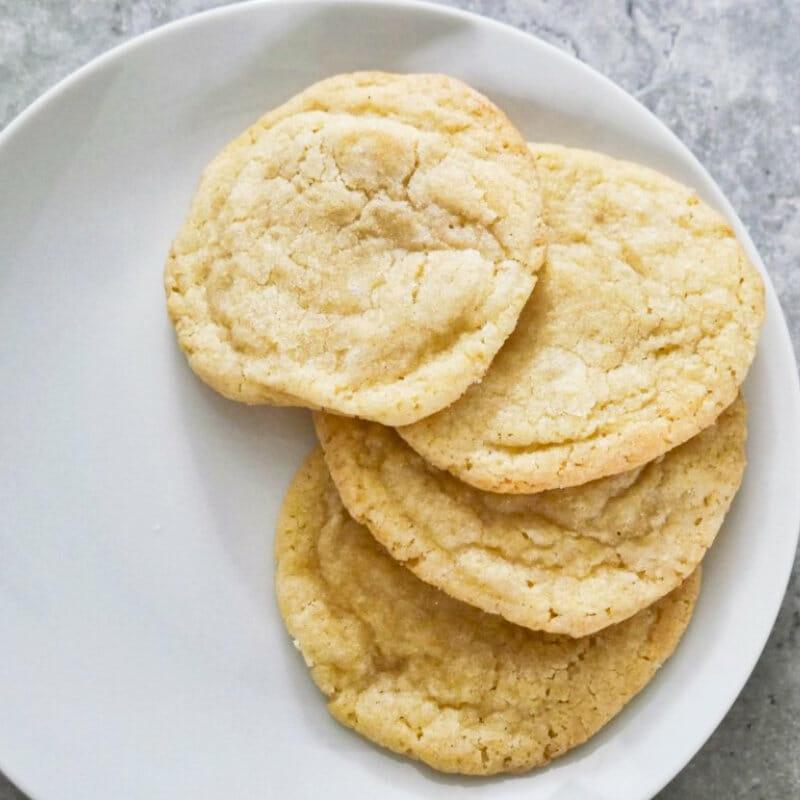 A plate of sugar cookies