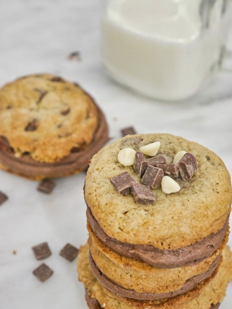 chocolate chip cookie sandwich recipe with chocolate frosting