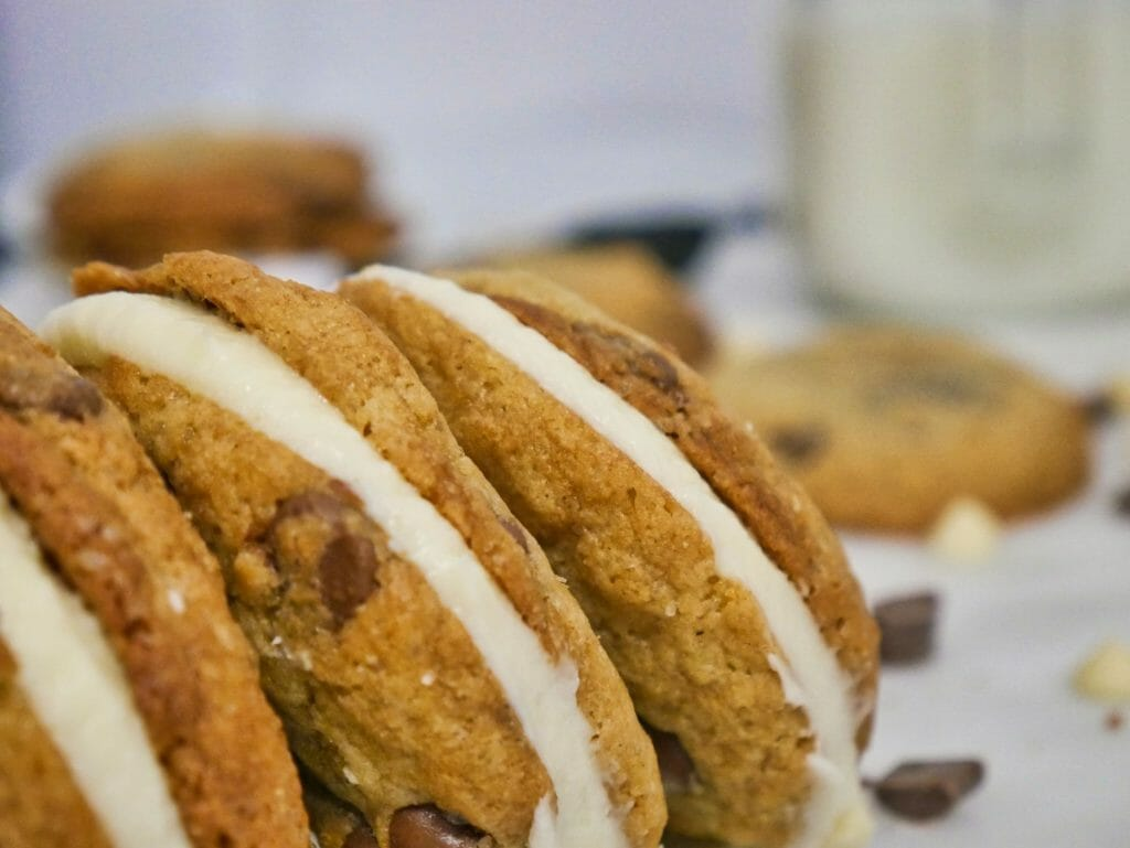chocolate chip cookie sandwich recipe with vanilla frosting