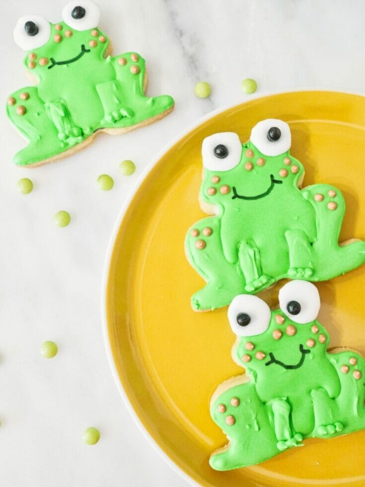 Decorated Frog Cookies