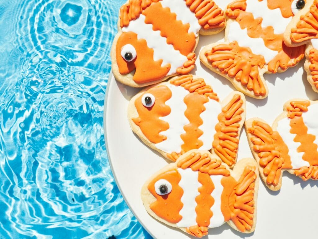 Adorable Clownfish Cookies Tutorial Tips Into The Cookie Jar