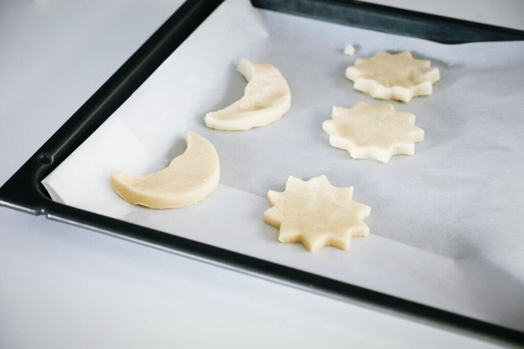 cookies on a baking rack
